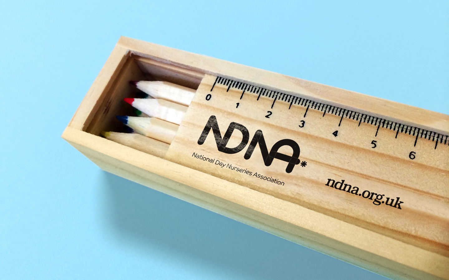 NDNA_Literature_pencil box_2